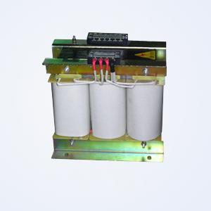 变压器既可解决电压匹配又可解决三相电网不平衡的